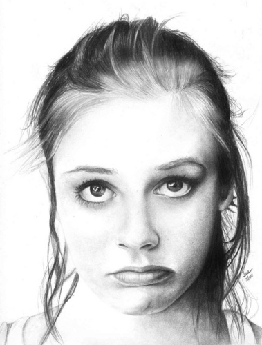 Pouty Alicia Silverstone in Black and White