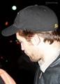 ROBERT PATTINSON IN NYC 11/20  - twilight-series photo