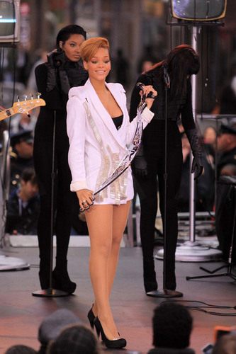 Rihanna performing on Good Morning America