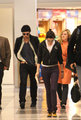 Rob and Kristen Arrive Together in LA (Nov 23) - twilight-series photo