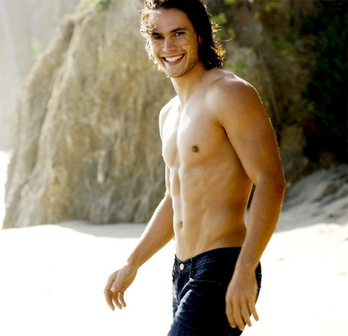 Taylor Kitsch - the-host Photo
