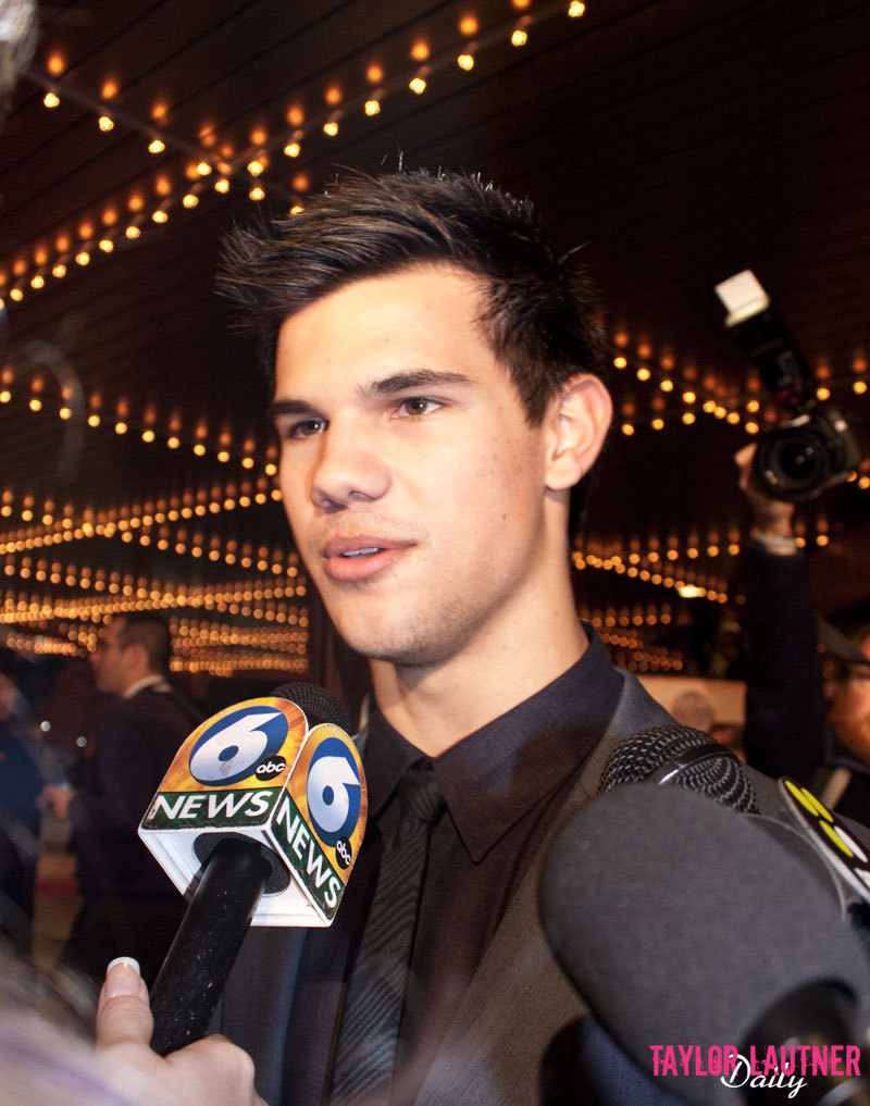 Taylor Lautner (Knoxville)