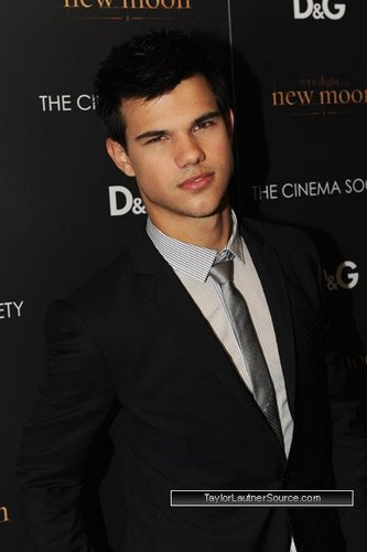 Taylor at THE CINEMA SOCIETY and D&G host screening of THE TWILIGHT SAGA NEW MOON
