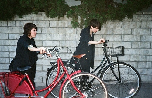 Tegan and Sara's SPIN Shoot