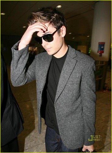Zac @ Heathrow Airport