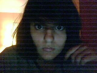 EMOO,looking