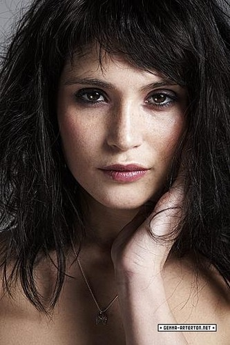 Gemma Arterton | Daily Telegraph Photoshoot (2009)