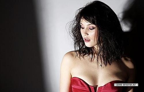 Gemma Arterton | Daily Telegraph Photoshoot (2009)