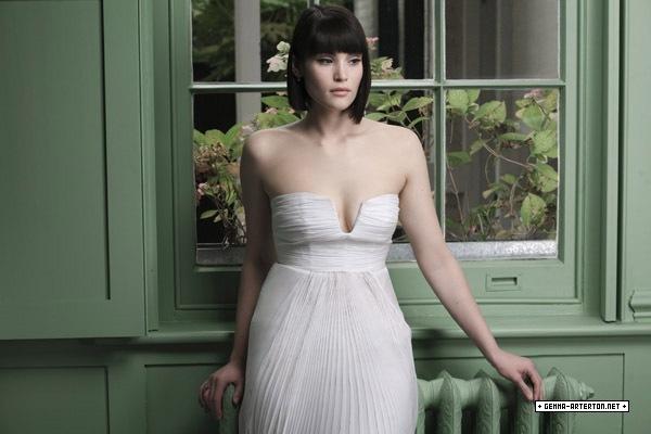 Gemma Arterton   Marie Claire Photoshoot (2007)