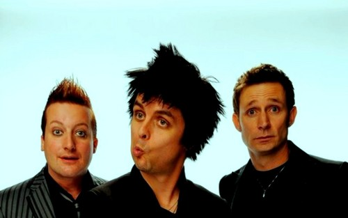 Green Day wallpaper probably with a portrait called Green Day