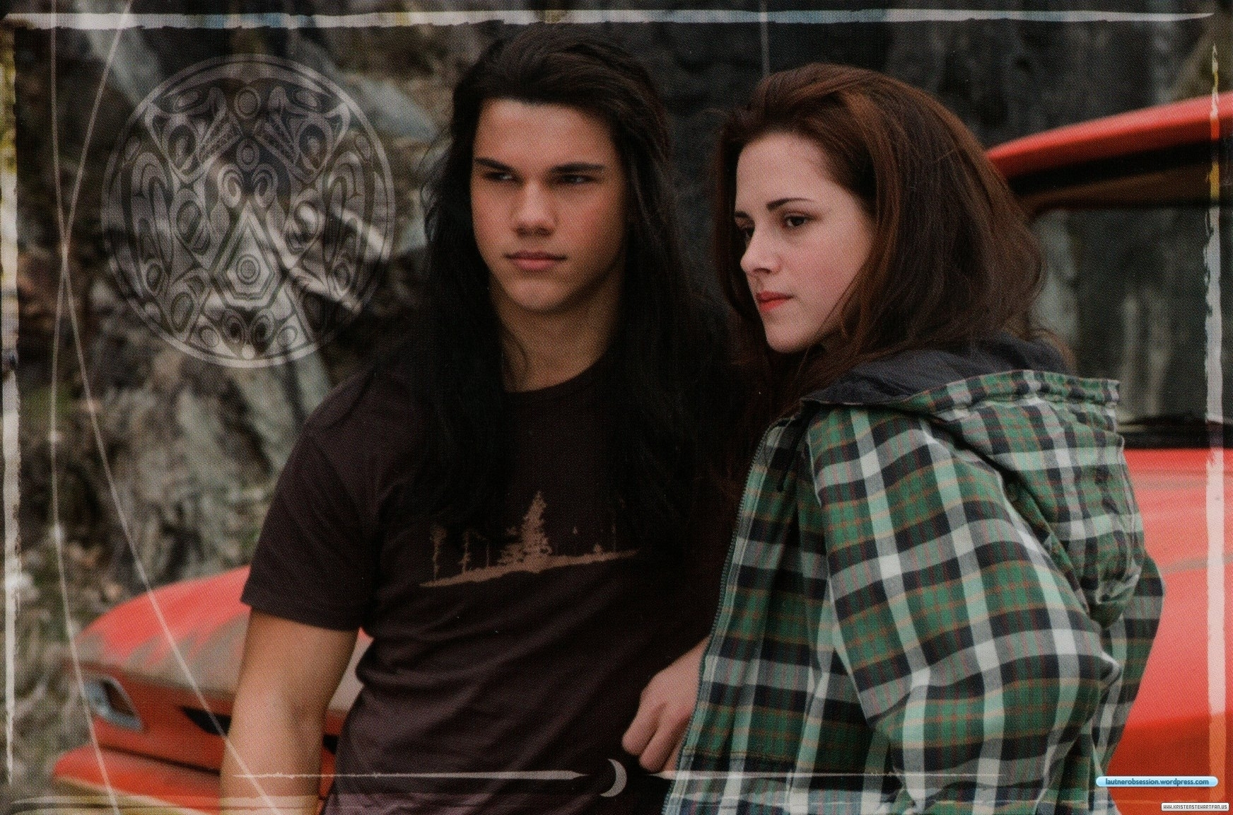 HQ Pictures of New Moon