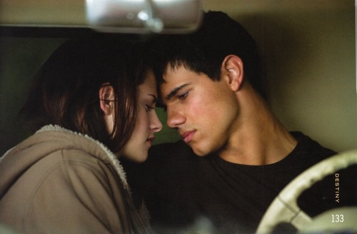 Jacob stills from New Moon
