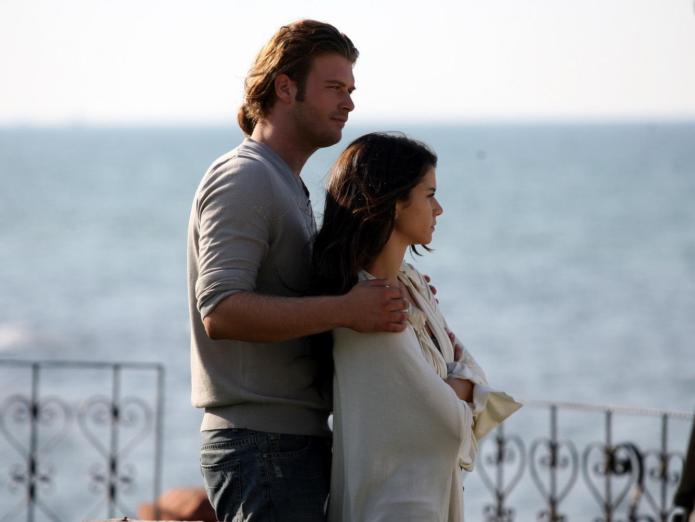Запретная любовь фото турецкий фильм 3