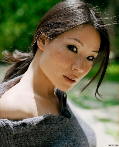 Lucy Liu wallpaper containing a portrait titled Lucy