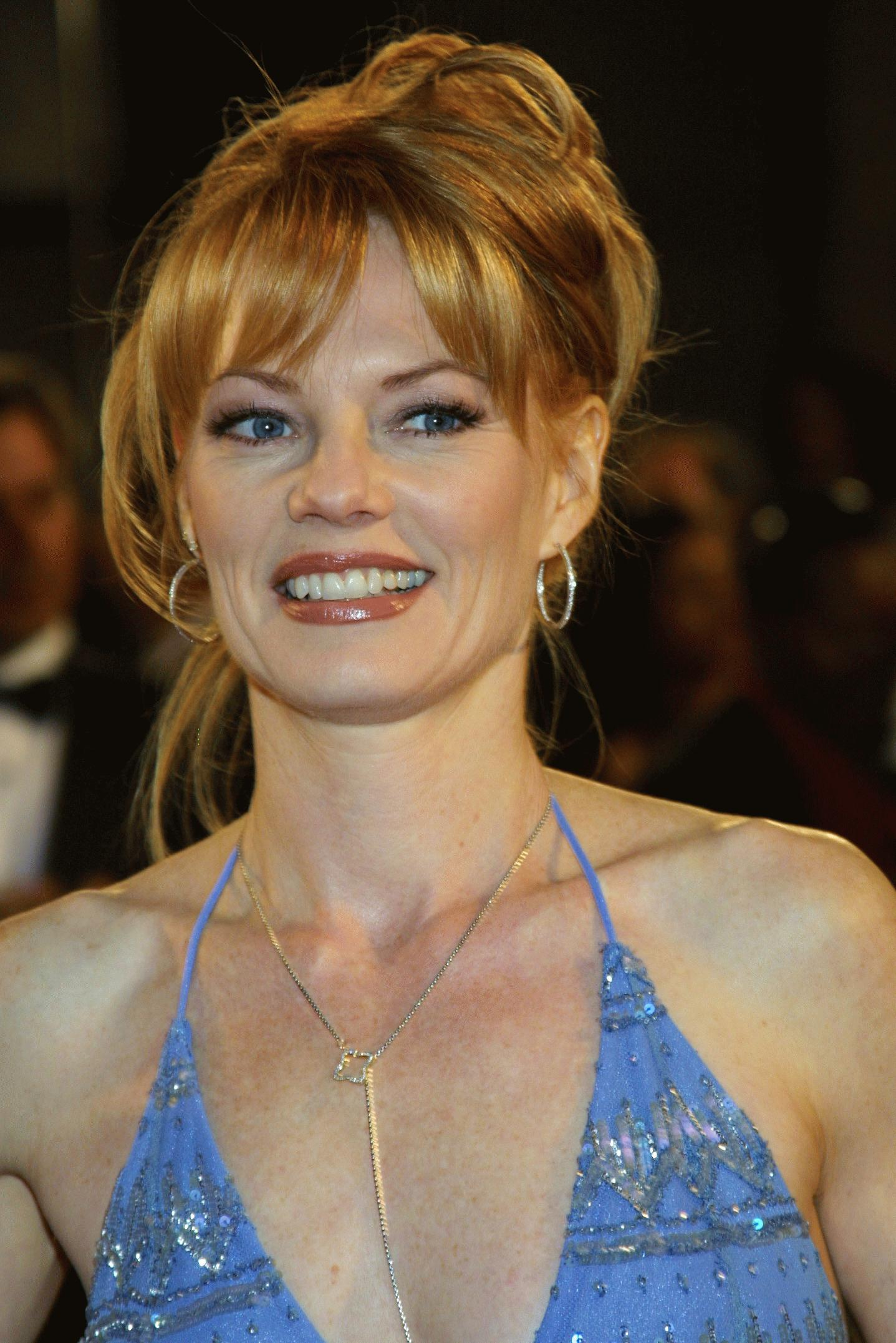 Marg Helgenberger Images Marg 2001 Espy Awards February 12 2001 Hd Wallpaper And Background Photos