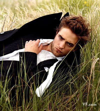 مزید Robert Pattinson 'Vanity Fair' Outtakes