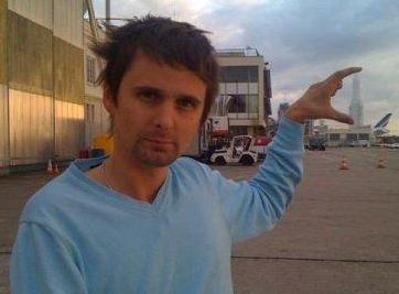 Matthew Bellamy wallpaper probably with a street titled Mr B