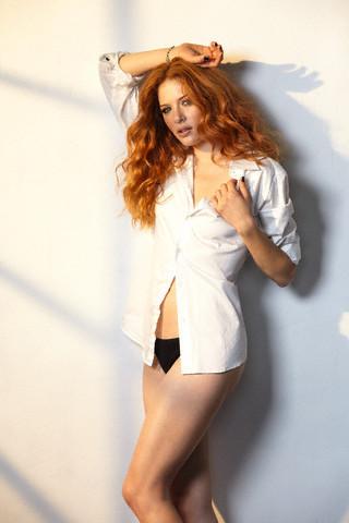 http://images2.fanpop.com/image/photos/9200000/Rachelle-twilight-series-9254485-320-480.jpg
