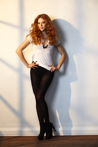 http://images2.fanpop.com/image/photos/9200000/Rachelle-twilight-series-9254503-320-480.jpg