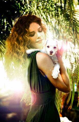http://images2.fanpop.com/image/photos/9200000/Rachelle-twilight-series-9254532-310-480.jpg