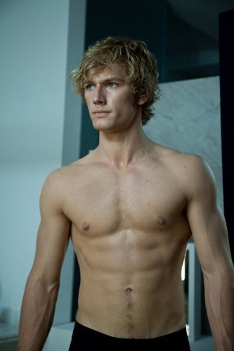 Alex Pettyfer kertas dinding with a hunk and a six pack titled Sexy Beast!!!