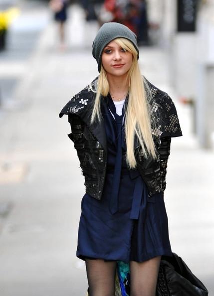 Damien & Jenny images Taylor Momsen Films 'Gossip Girl ... Taylor Momsen Wiki