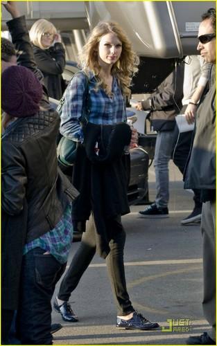 Taylor 迅速, スウィフト & Taylor Lautner: Valentine's 日 Duo