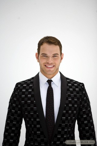 kellan lutz photoshoot