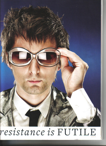 Matthew Bellamy wallpaper containing sunglasses and a business suit entitled matthew bellamy