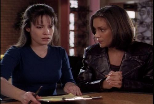 piper and phoebe-Which Prue Is It Anyway