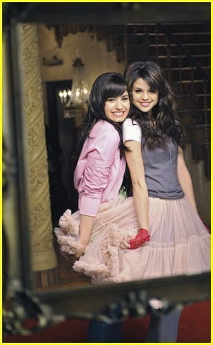 sel and demi - selena-gomez-and-demi-lovato photo