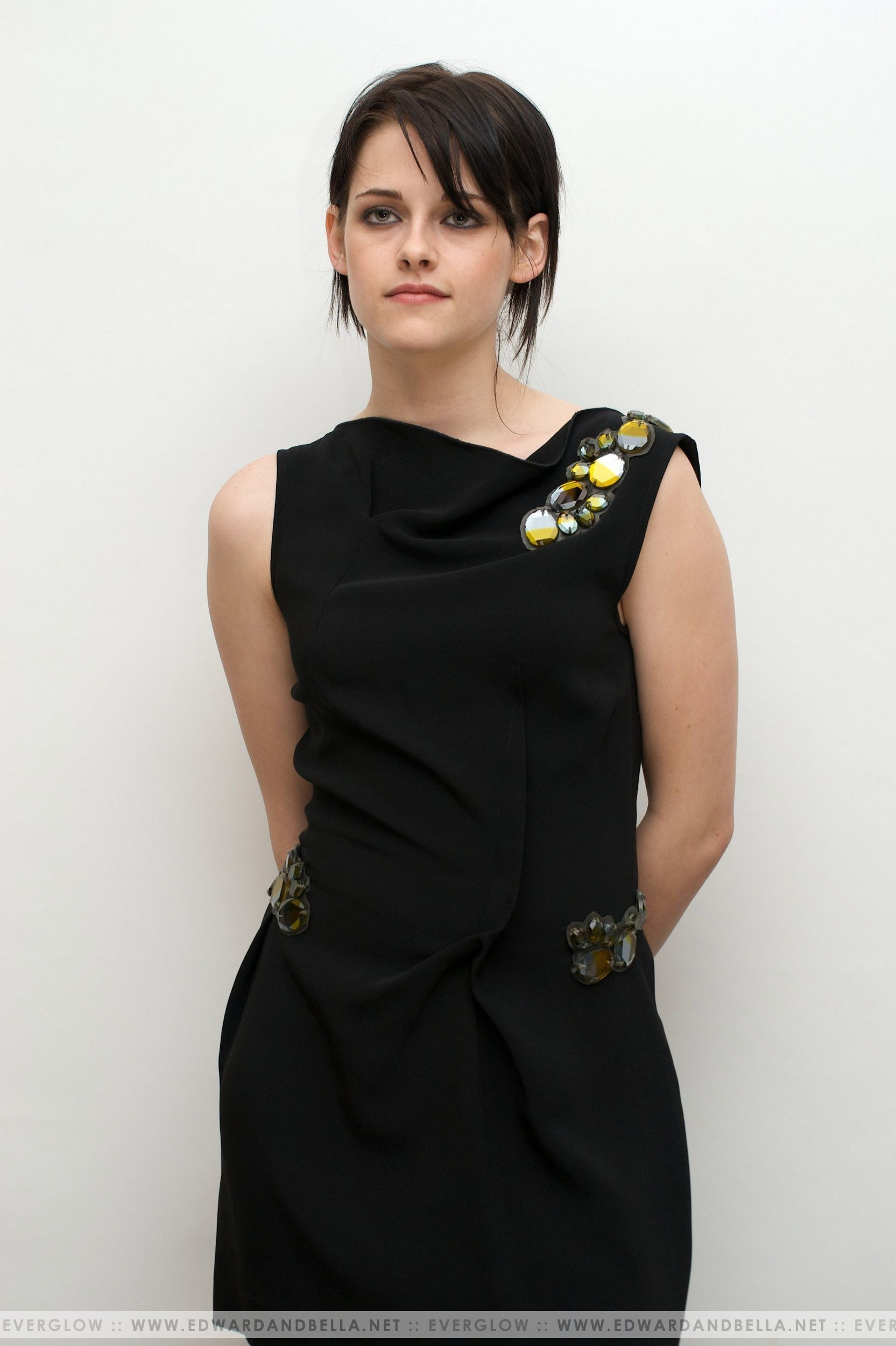 """11.06.09 - """"New Moon"""" Press Conference"""