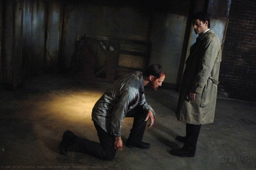 Demons of Supernatural Hintergrund containing a business suit called Alastair (04x16 On the Head of a Pin)
