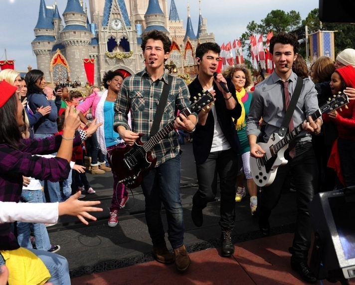 Disney Parks Christmas Day Parade Special Taping. 6.12.09