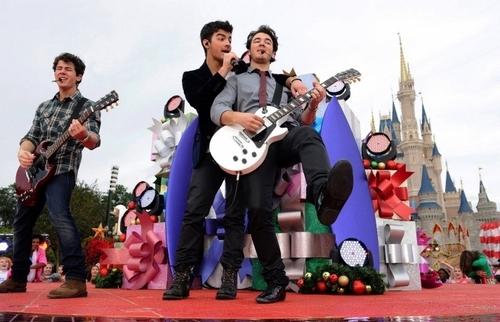 Disney Parks pasko araw Parade Special Taping. 6.12.09