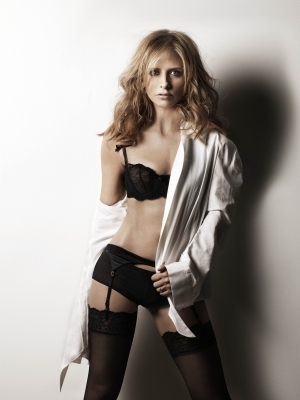 Full Maxim Photoshoot/December 2007