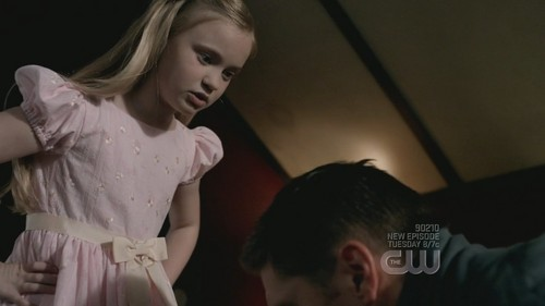 Demons of Supernatural wallpaper possibly with a dress and a portrait titled Lilith 4x06