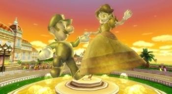Luigi and デイジー statue