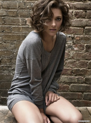 Marion Cotillard wallpaper probably containing a street entitled Marion Cotillard | Telegraph Photoshoot (2009)
