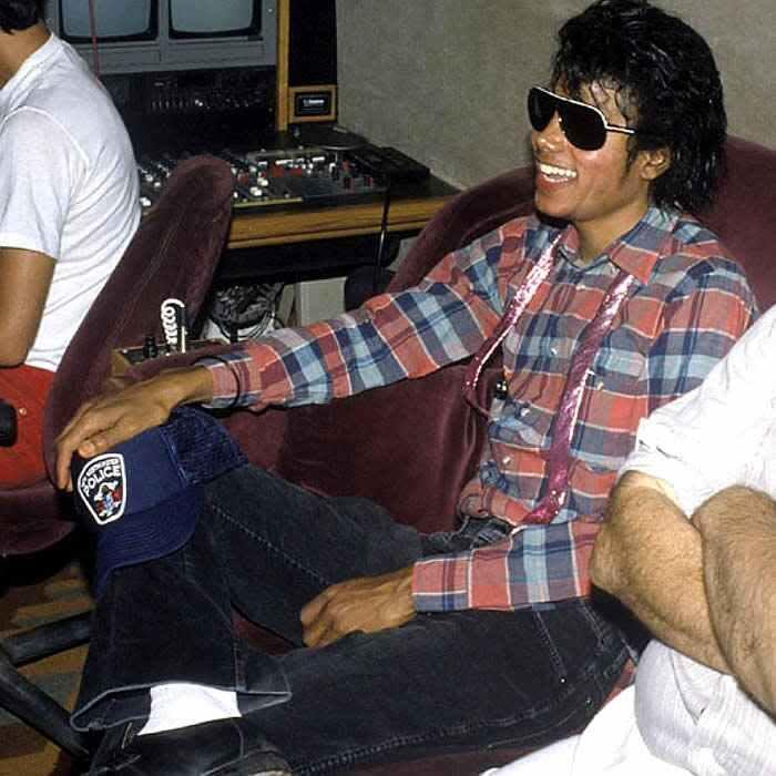 Michael Jackson :-) - michael-jackson photo