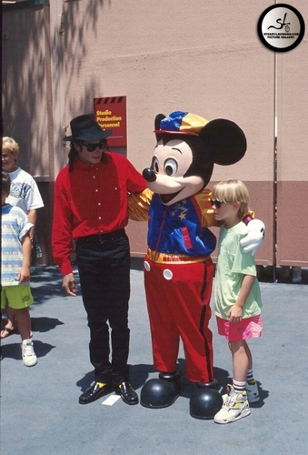 Michael jackson  Disney World