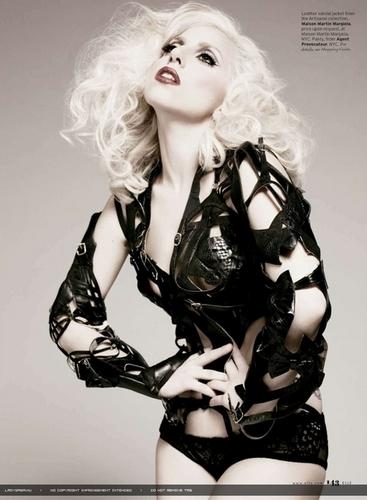 New Lady GaGa Elle Magazine Scans!!