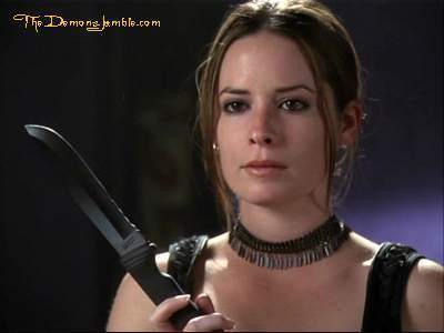 Piper Halliwell wallpaper possibly containing a portrait entitled Piper season 5