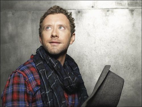 TJ Thyne- শিয়াল Winter Edition photoshoot