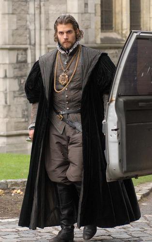 The Tudors: 방탄소년단 Season 4
