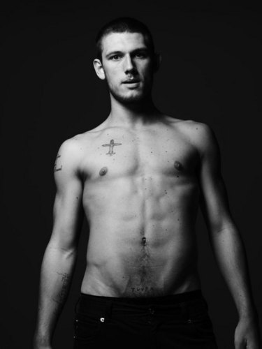 Alex Pettyfer wallpaper containing a pezzo, hunk and a six pack called VMAN Photoshoot