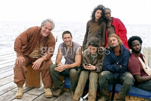 cast onset - lost Photo