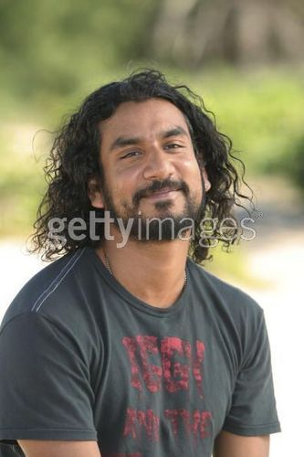 naveen andrews - lost Photo