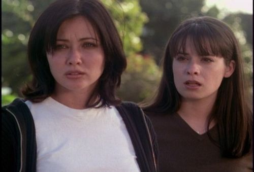 piper and prue-That 70's Episode