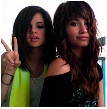selena gomez and demi lovato on barney. selena and demi lovato-Best